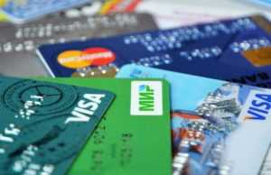 Какие банковские карты обслуживаются во Вьетнаме?