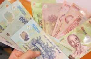 Какую валюту лучше брать во Вьетнам?