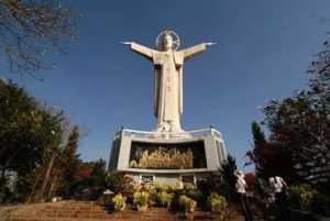 Статуя Иисуса в Вунгтау