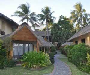 Территория отеля Bamboo Village