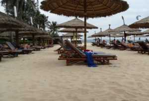Пляж отеля Бамбу Виладж