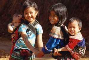 Вьетнамцам запретили выкладывать фотографии детей в интернет