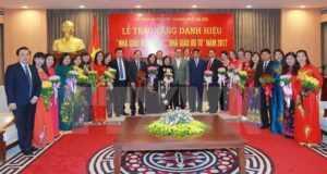Учителям Ханоя присвоили почетные звания