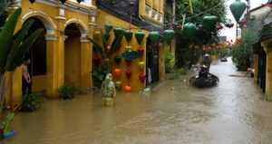 Хойан частично ушел под воду