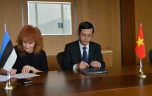 Вьетнам и Эстония подписали договор о сотрудничестве в сфере образования