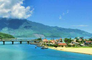 Во Вьетнам приехало туристов на 40% больше
