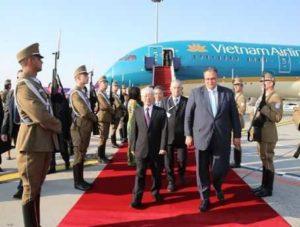 Лидер Компартии Вьетнама начал визит в Венгрию