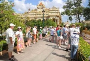 В октябре 2018 число иностранных туристов превысило 1 миллион