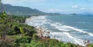 Пляж Джангл Бич