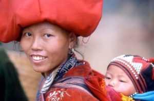 Население во Вьетнаме включает в себя 54 малых народа