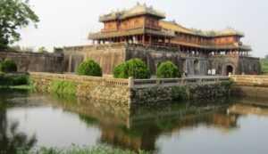 Императорский дворец в городе Хюэ