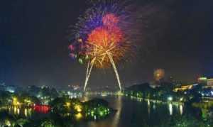 На Новый год Тэт в обеих столицах Вьетнама состоятся фейерверки