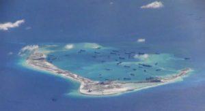 Вьетнам просит Китай разоружить спорные острова
