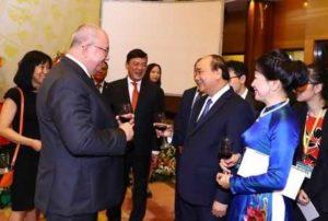 Премьер-министр Вьетнама провел банкет в честь Национального дня 2 сентября