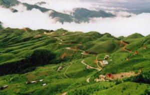 Vietnam Travel Group собирает мусор в Lang Son