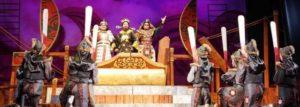 В Тханьхоа открылся театральный фестиваль