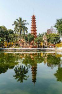 Две пагоды во Вьетнаме были включены в ТОП-20 самых красивых