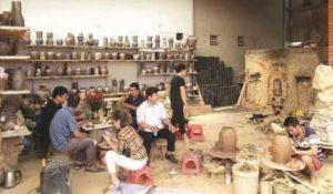 Производство керамики в деревне Хуонг Кан ведётся уже больше трёхсот лет