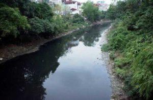 Многие реки на севере Вьетнама загрязнены